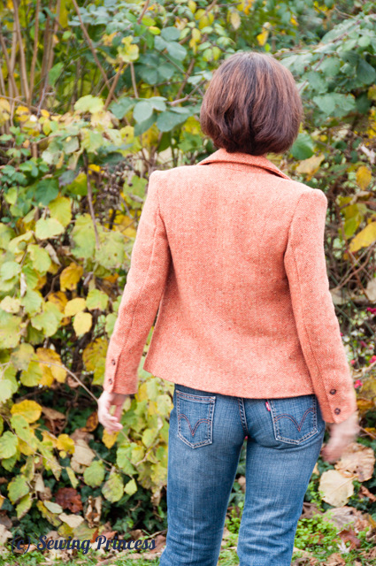 Simplicity 2446 Amazing Fit Misses' Jacket back