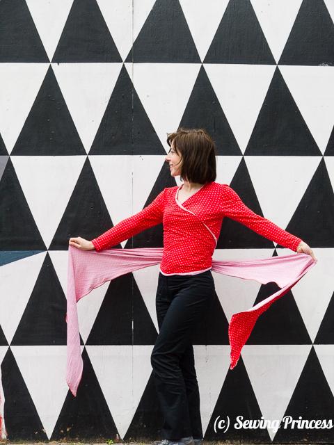 Wrap-sweater-cardi-Burda-012012-116a_cover