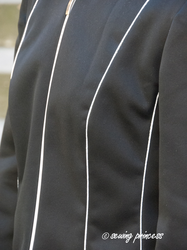 sewing_princess_cassock_bcnunique_paco_peralta_cropjacket_silver_piping
